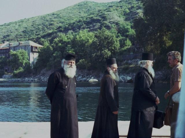 001 Athos- kade Sografou