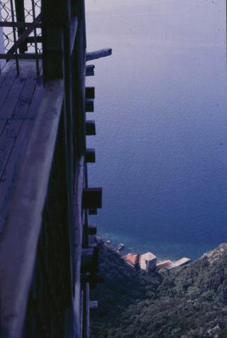 053_athos_balkon_s_petras_053_1