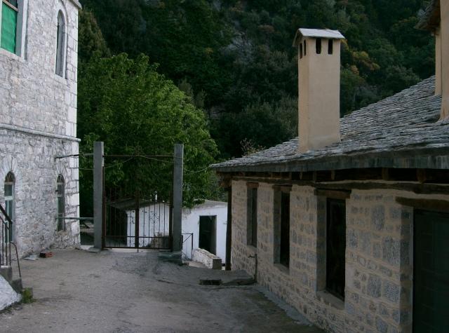 187 Athos 2007 Kavsokalivia.JPG