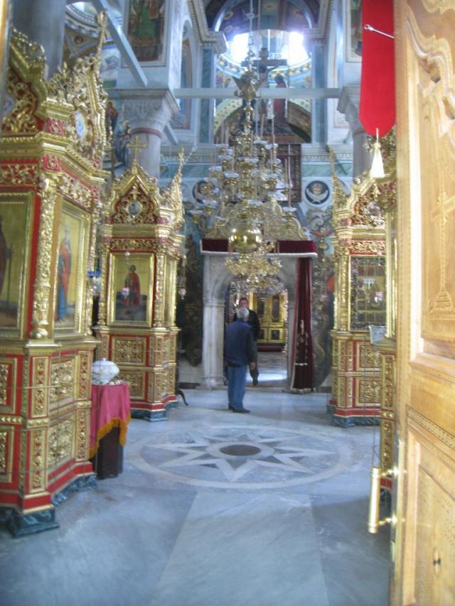 IMG_3116 Roussikon inside Katholikon