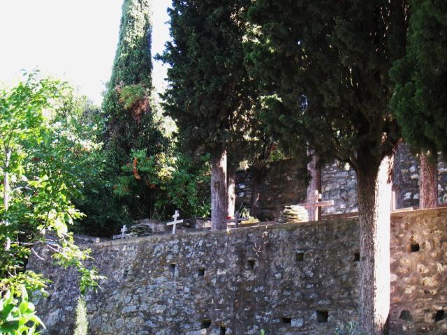 IMG_3154 Roussikon graveyard