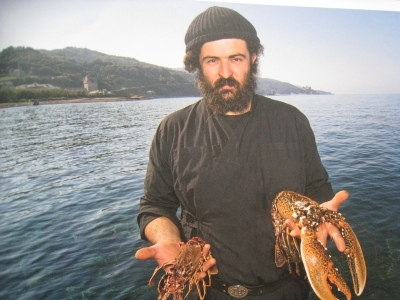 Img_5041_father_ioannis_and_lobst_3