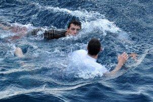 Grigoriou_diving_after_a_cross_2