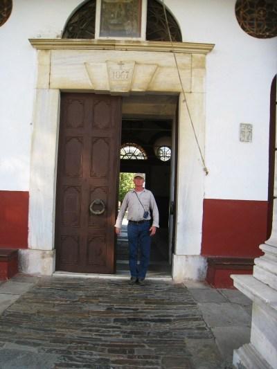 Img_3237_iviron_entrance