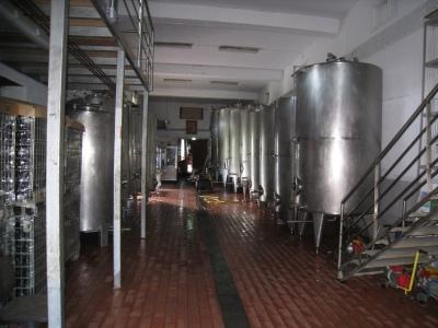 Img_3259_mylopotamos_inside_vinery