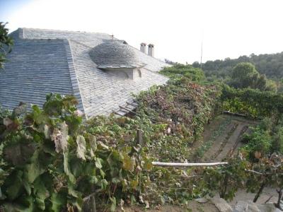 Img_3371_ag_georgiou_roof_and_garde