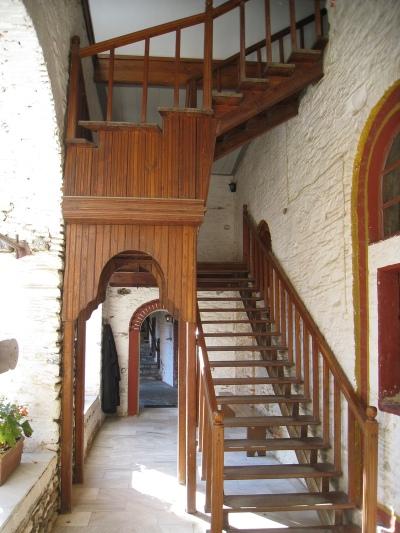 Img_3413_filotheou_stairs