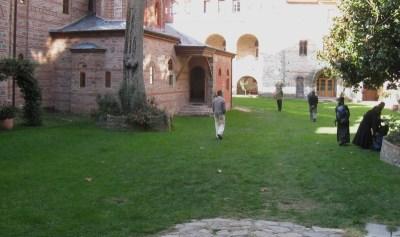 Img_3378_filotheou_courtyard