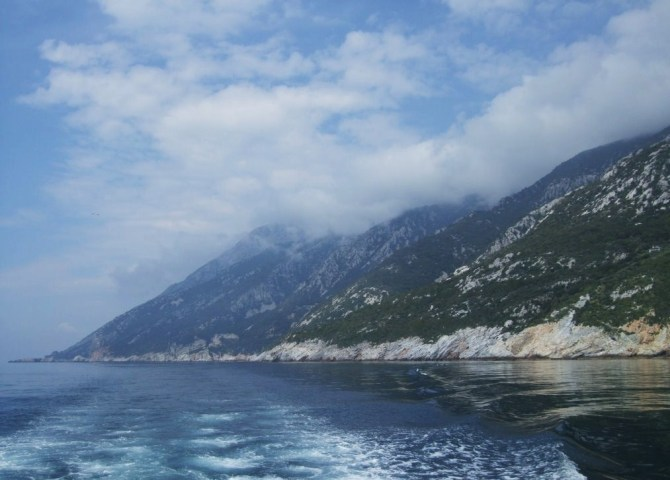 11Roman - the mountain from the sea 2