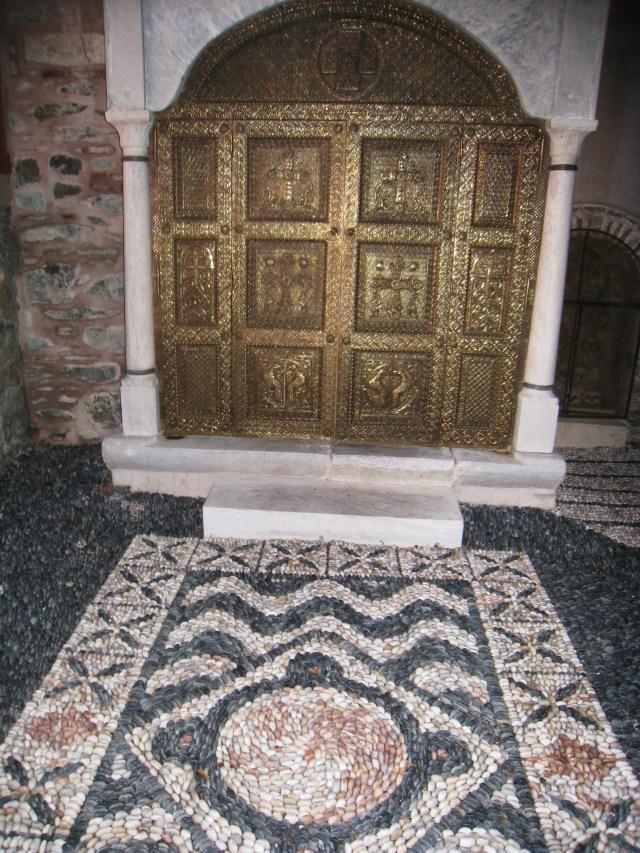 IMG_3506 Dionysiou - shrine