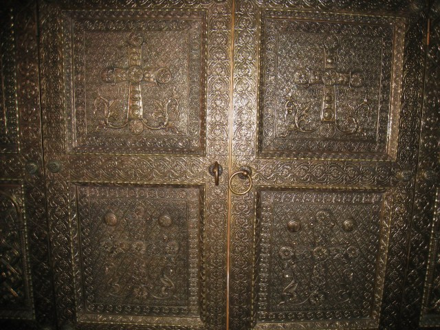 IMG_3522 Dionysiou- copper doors of the shrine