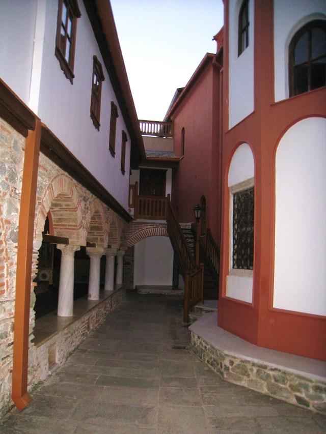 IMG_3529 Dionysiou portico