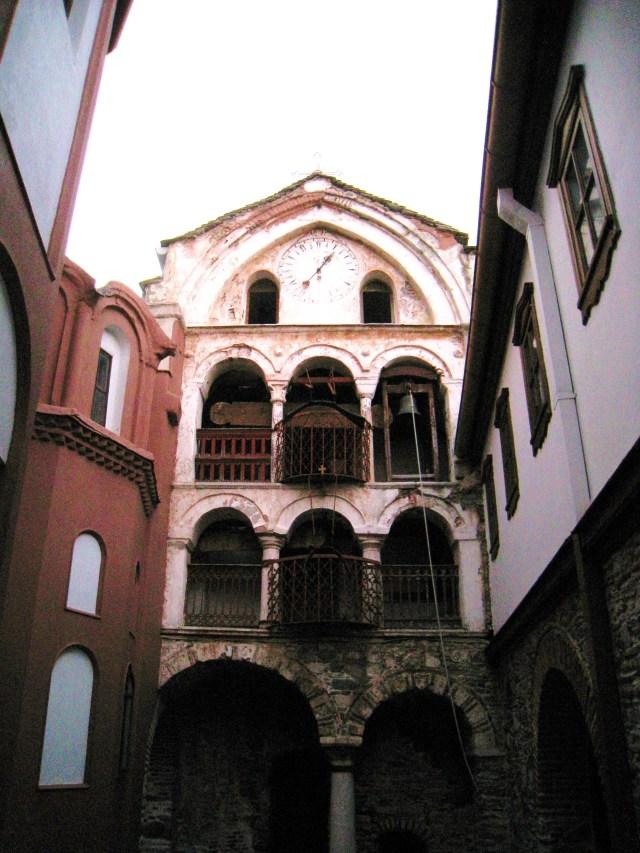 IMG_3528 Dionysiou courtyard clock and bell