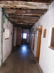 IMG_3569 Grigoriou hallway