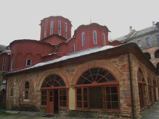 03-10 Koutloumousiou  church