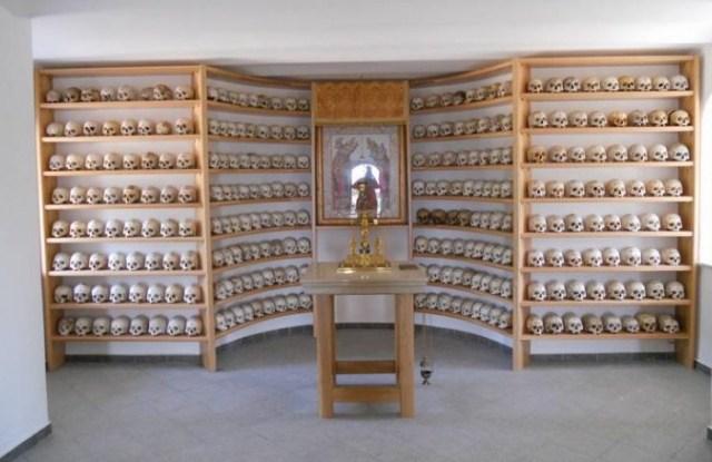 Chromitsa ossuarium isihazm