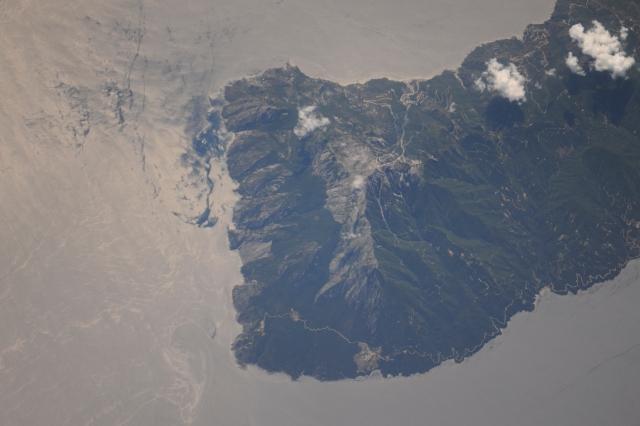 athos peak from space