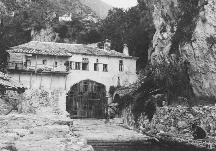 1547 - Archipelagos: Illegal fishing practices in Mount Athos (1/3)