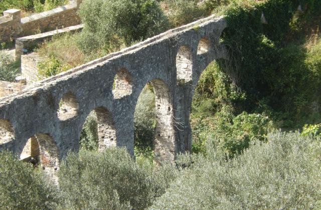 aquaduct pantocrator detail