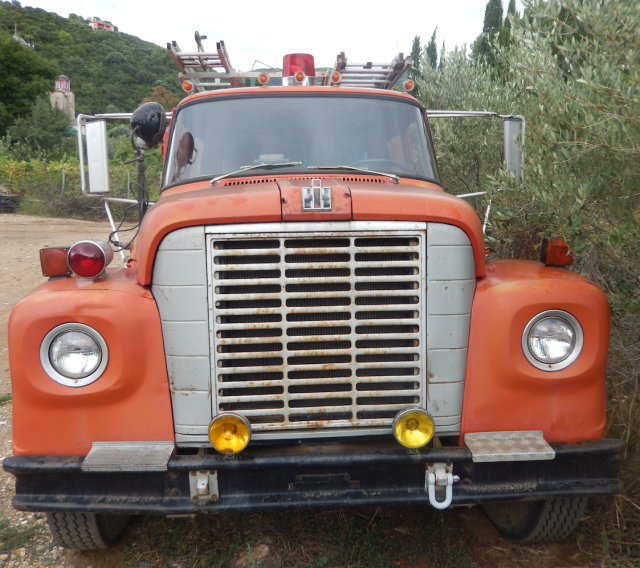 red fire brigade car esfigmenou