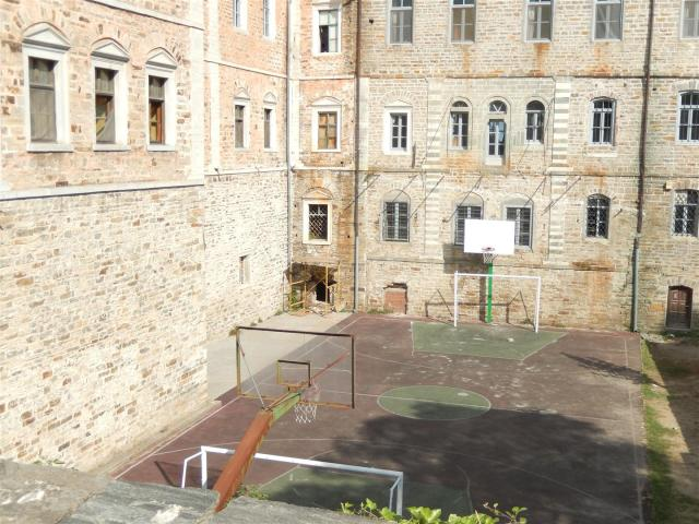 DSCN6951 soccercourt (Large)