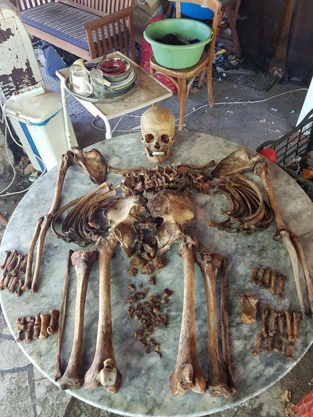 Father Dimitrios excavated by Eusebios Christofi Ne Skiti July 2016 2