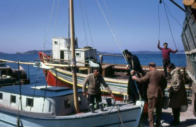 0005-ouranoupolis-embarkment-augustus-1960