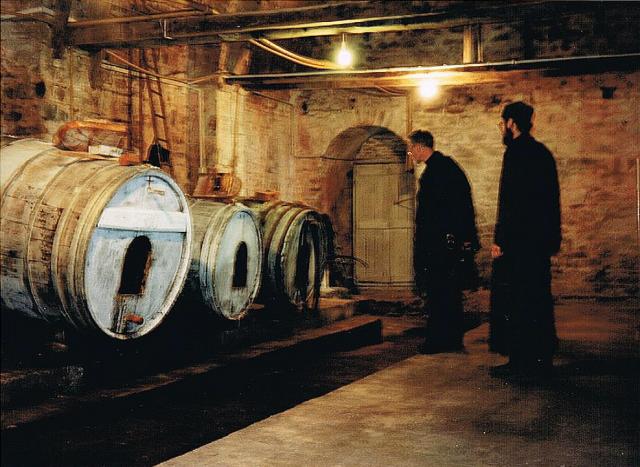 winecellar-karakalou-1998