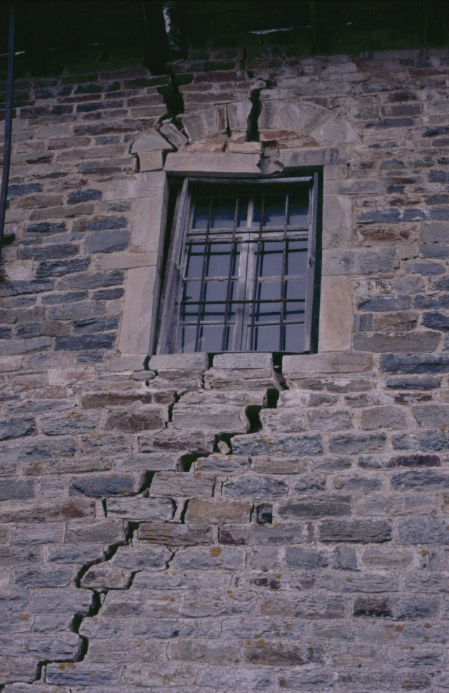 072 Athos - muur Koutloumousiou 072