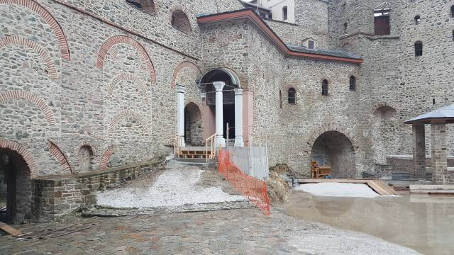 jan 2018 entrance simonospetras